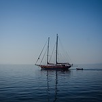 Samotny na morzu